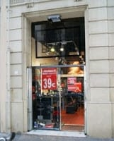 Black Box Outlet en Barcelona - Pirelli, ADN, McLaren