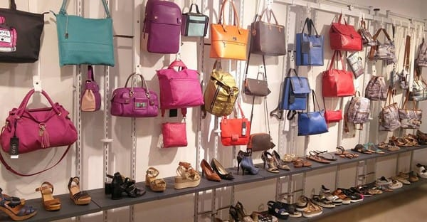 Bolsos y complementos - Barcelona Outlet - Noticias Outlet en Barcelona 286 - Abril 2017