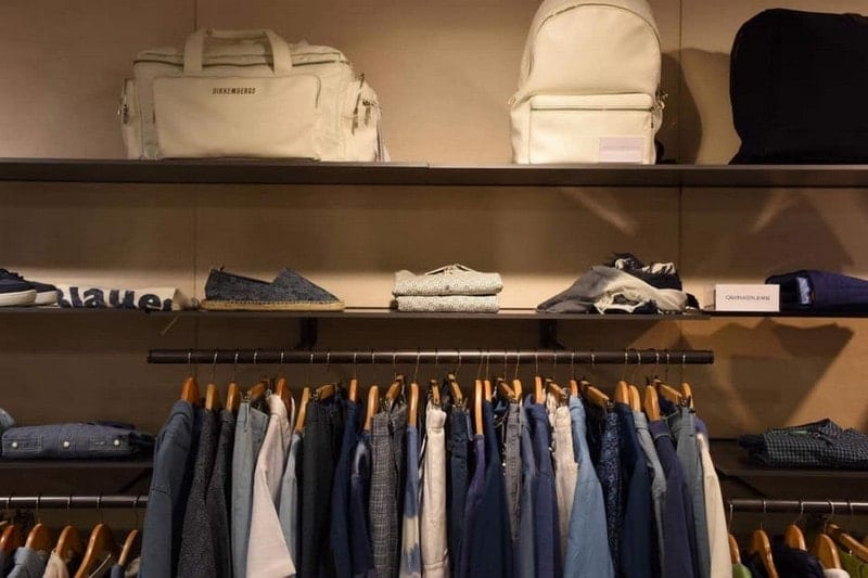 Ropa accesorios y calzado Primavera-Verano en Barcelona Outlet - NOB 326 - Marzo 2019