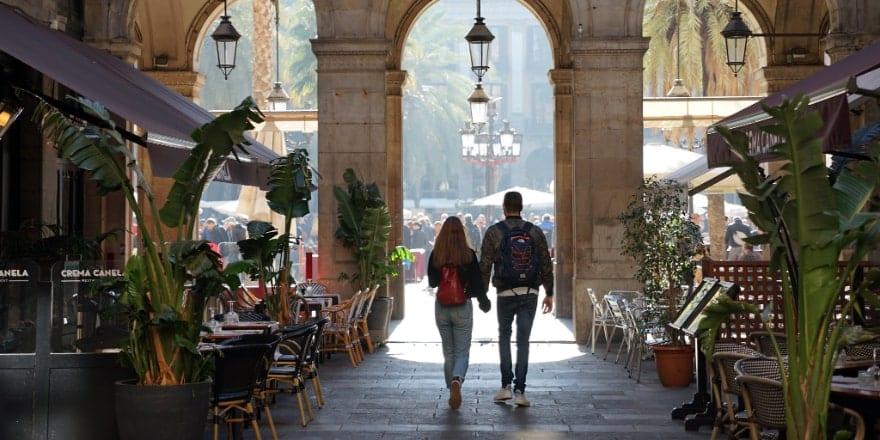DE - Fotografia Pl Reial Barcelona - Flickr Javier - Noticias Outlet 330 - Mayo 2019